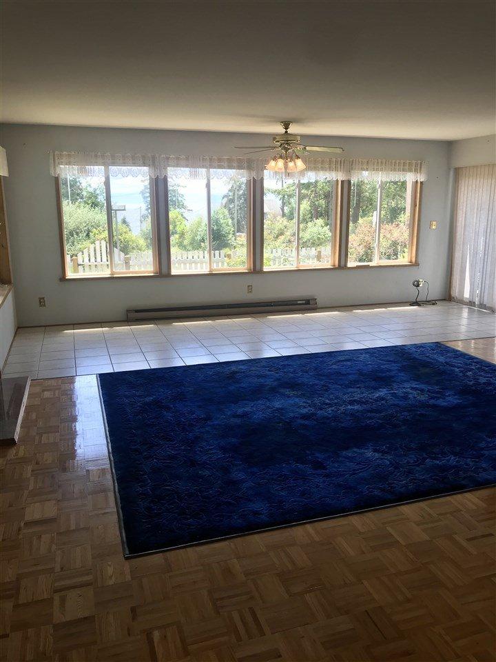 Photo 16: Photos: 4620 COCHRANE Road in Madeira Park: Pender Harbour Egmont House for sale (Sunshine Coast)  : MLS®# R2462174