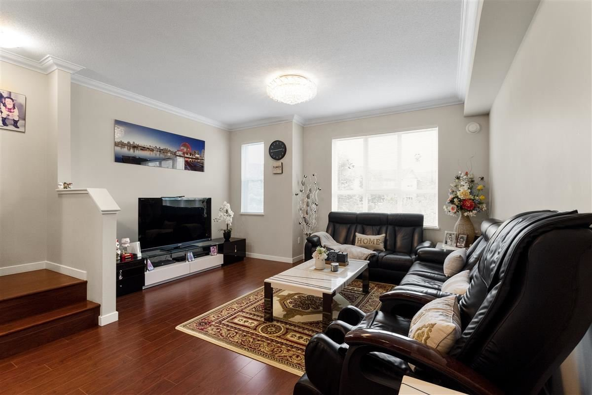 Photo 14: Photos: 9 9566 TOMICKI AVENUE in Richmond: West Cambie Townhouse for sale : MLS®# R2472184