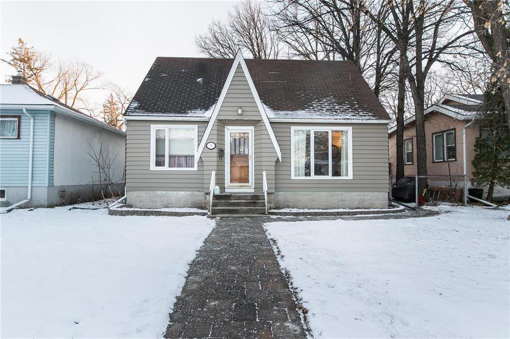 Main Photo: 56 Cunnington Avenue in Winnipeg: Elm Park Residential for sale (2C)  : MLS®# 202028834