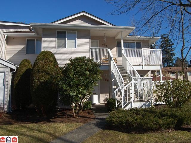 Main Photo: 706 13935 72ND Avenue in Surrey: East Newton Townhouse for sale : MLS®# F1104139