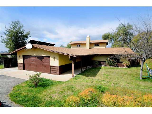 Main Photo: RAMONA House for sale : 3 bedrooms : 807 7th