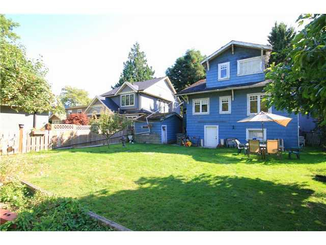 Photo 5: Photos: 3695 W 34TH Avenue in Vancouver: Dunbar House for sale (Vancouver West)  : MLS®# V970995