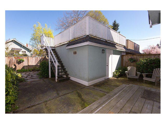 Photo 14: Photos: 3111 W 6TH Avenue in Vancouver: Kitsilano House 1/2 Duplex for sale (Vancouver West)  : MLS®# V1057939