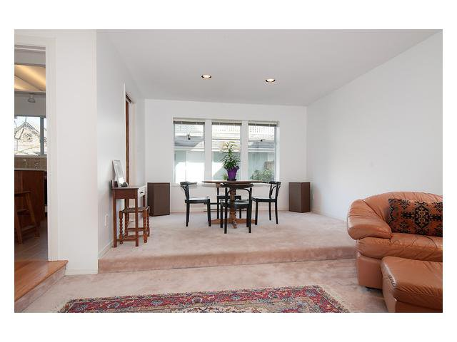 Photo 4: Photos: 3111 W 6TH Avenue in Vancouver: Kitsilano House 1/2 Duplex for sale (Vancouver West)  : MLS®# V1057939