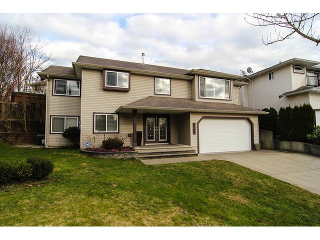 "Main Photo: 8160 DOROTHEA Court in Mission: Mission BC House for sale in ""CHERRY RIDGE ESTATES"" : MLS®# F1431815"