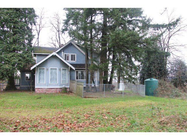 Main Photo: 25321 FRASER Highway in Langley: Salmon River House for sale : MLS®# F1431677