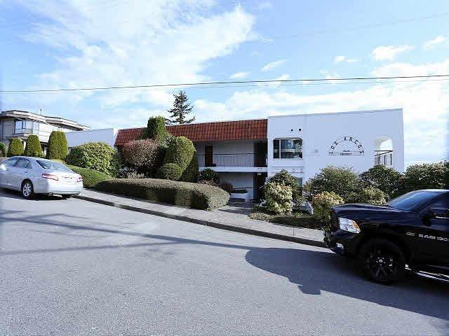 "Main Photo: 204 15070 PROSPECT Avenue: White Rock Condo for sale in ""LOS ARCOS"" (South Surrey White Rock)  : MLS®# F1434056"