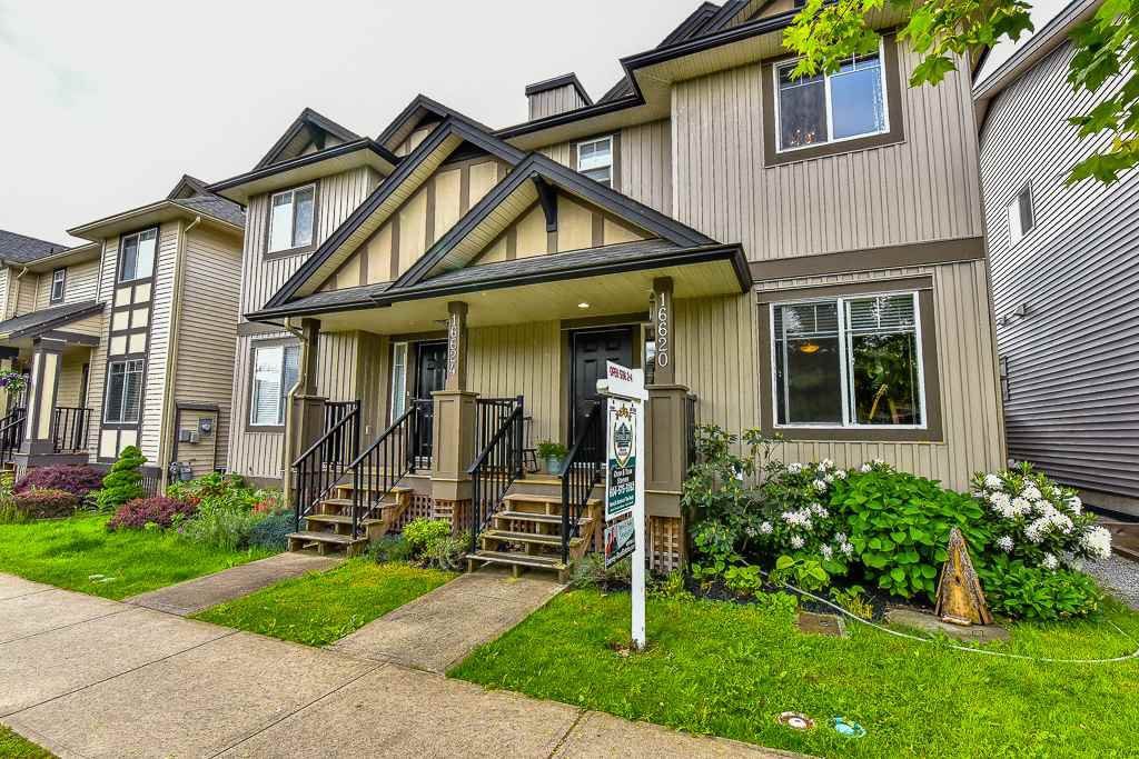 Main Photo: 16620 60TH Avenue in Surrey: Cloverdale BC House 1/2 Duplex for sale (Cloverdale)  : MLS®# R2063363