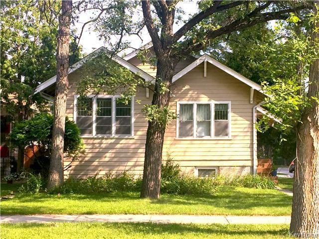 Main Photo: 223 Lanark Street in Winnipeg: River Heights North Residential for sale (1C)  : MLS®# 1623328