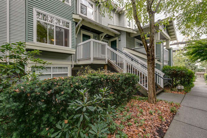 "Main Photo: 77 7488 SOUTHWYNDE Avenue in Burnaby: South Slope Townhouse for sale in ""LEDGESTONE"" (Burnaby South)  : MLS®# R2120545"