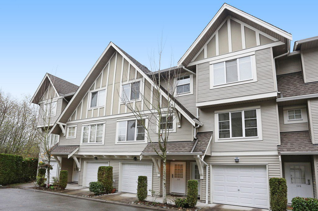 "Main Photo: 117 15175 62A Avenue in Surrey: Sullivan Station Townhouse for sale in ""BROOKLANDS"" : MLS®# R2121725"