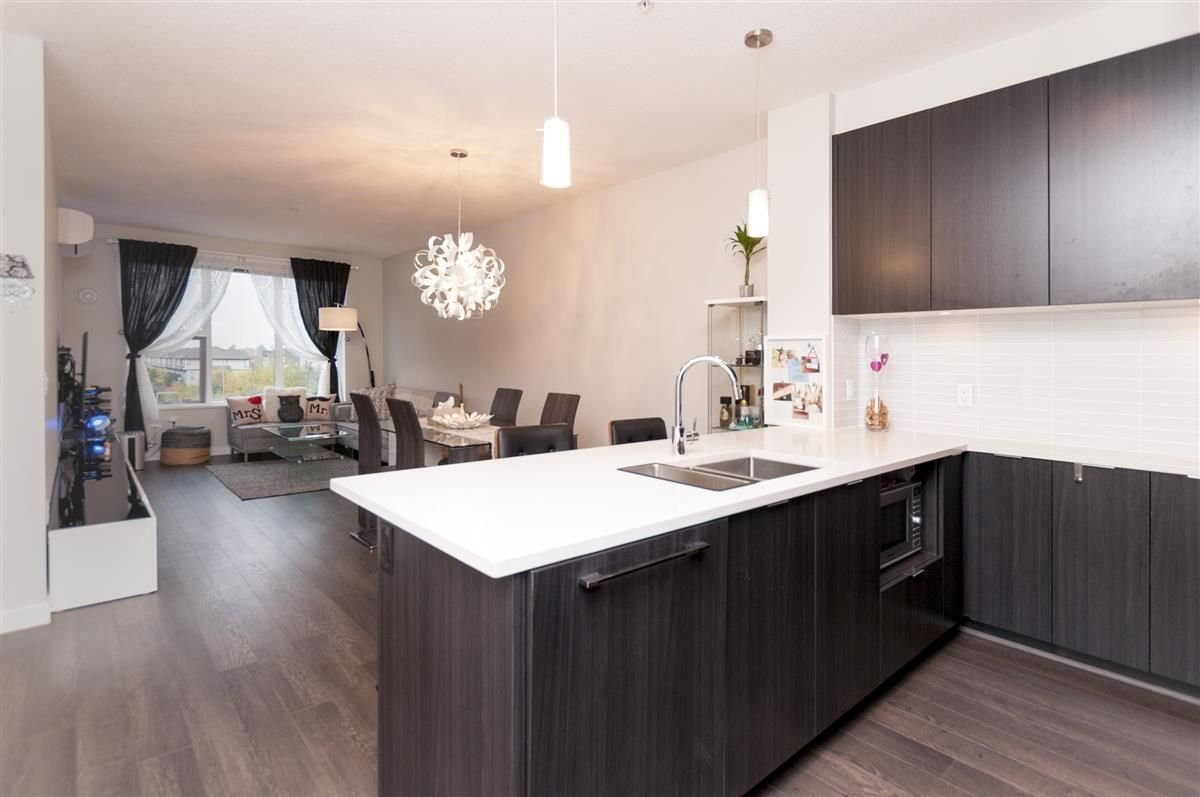 Photo 6: Photos: 309 9399 ALEXANDRA Road in Richmond: West Cambie Condo for sale : MLS®# R2216365