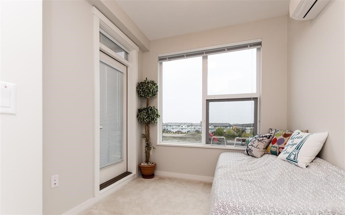 Photo 12: Photos: 309 9399 ALEXANDRA Road in Richmond: West Cambie Condo for sale : MLS®# R2216365