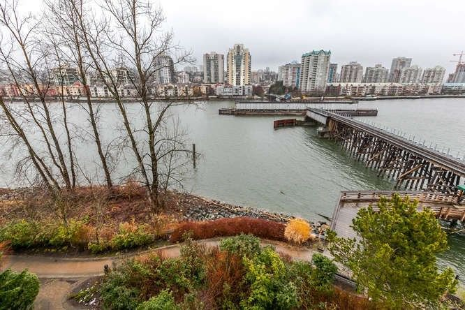 "Main Photo: 419 83 STAR Crescent in New Westminster: Queensborough Condo for sale in ""Residences by the River"" : MLS®# R2242501"