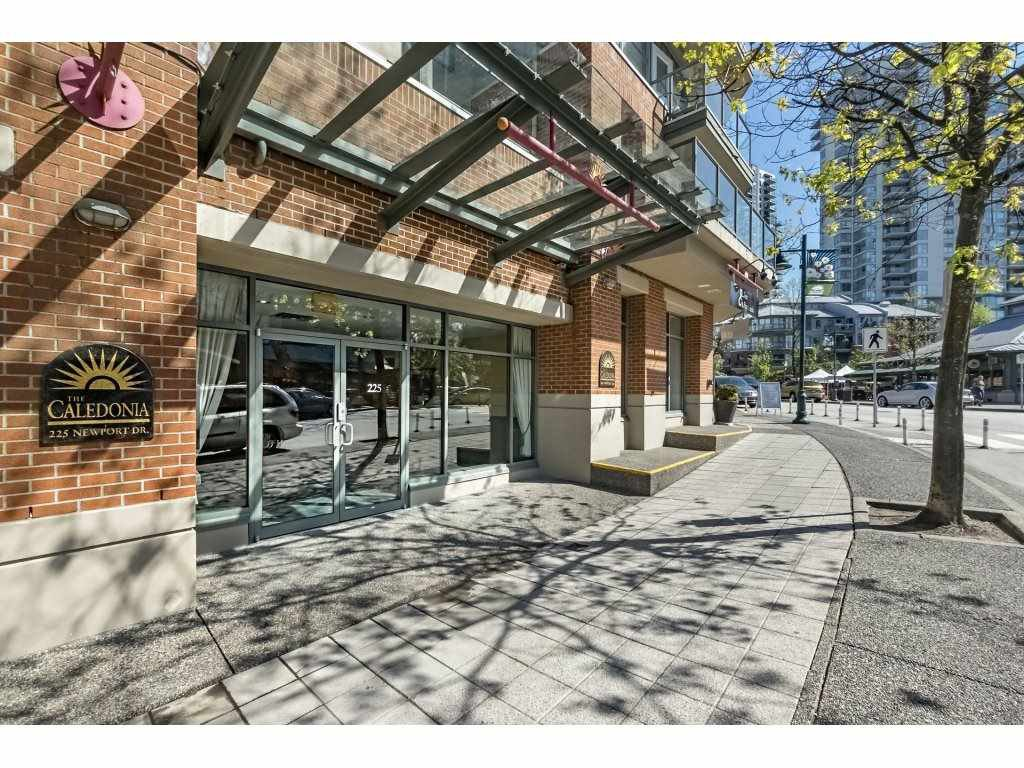 "Main Photo: 216 225 NEWPORT Drive in Port Moody: North Shore Pt Moody Condo for sale in ""THE CALEDONIA"" : MLS®# R2261739"