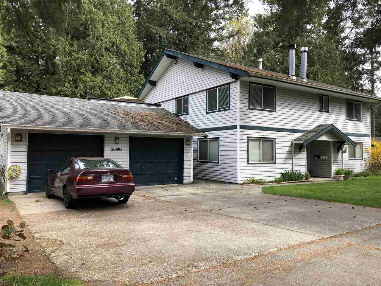 """Main Photo: 4207 209 Street in Langley: Brookswood Langley House for sale in """"Brookswood"""" : MLS®# R2368046"""