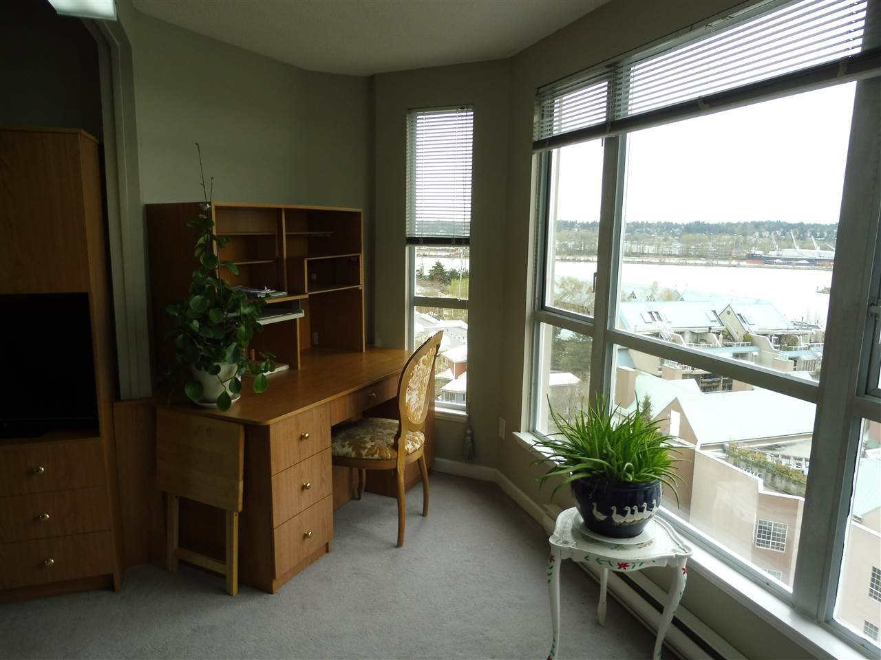 Photo 13: Photos: 1102 1185 QUAYSIDE DRIVE in New Westminster: Quay Condo for sale : MLS®# R2348344