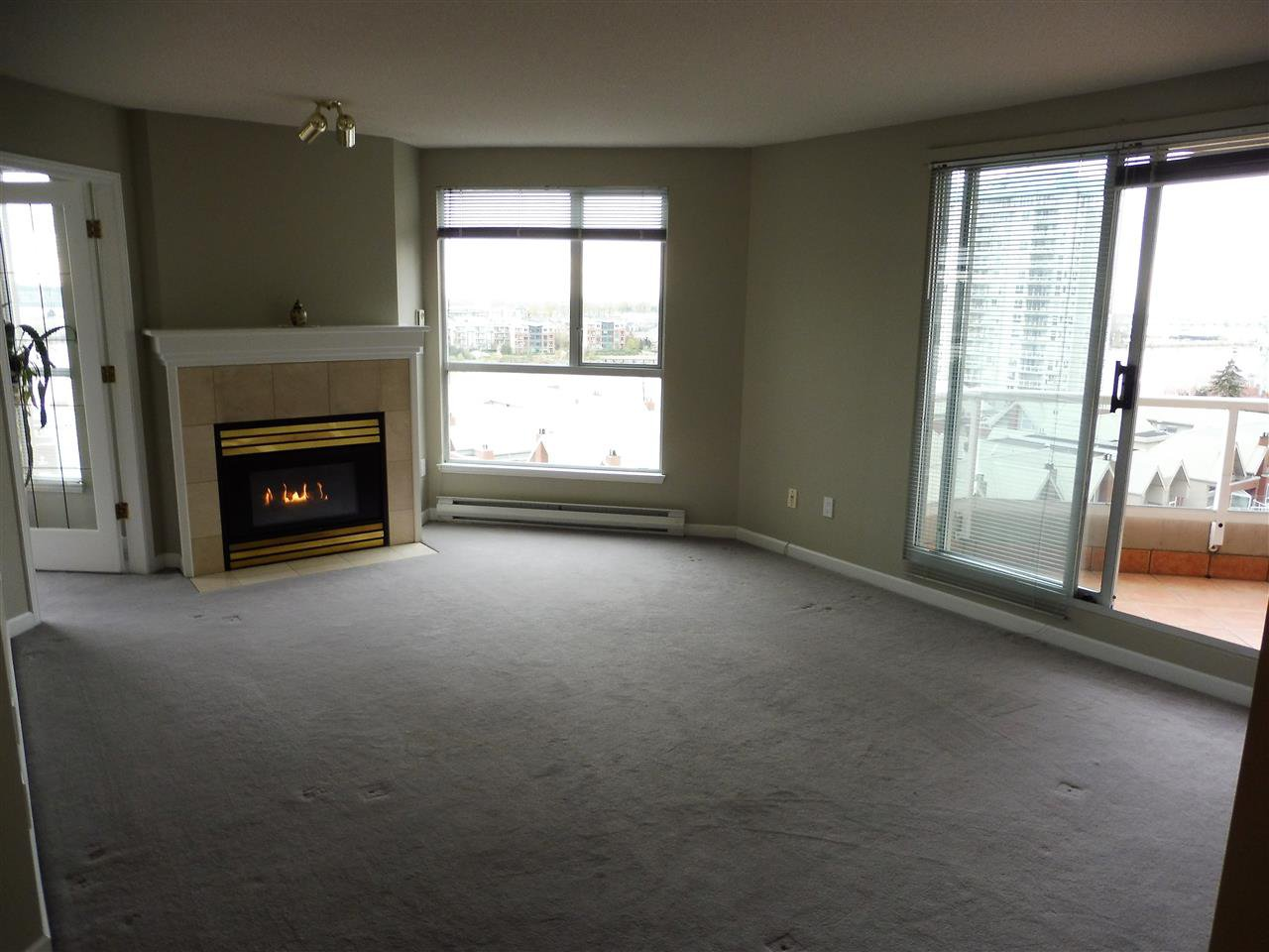 Photo 3: Photos: 1102 1185 QUAYSIDE DRIVE in New Westminster: Quay Condo for sale : MLS®# R2348344