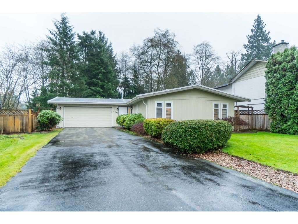 Main Photo: 4998 203A Street in Langley: Langley City House for sale : MLS®# R2419595