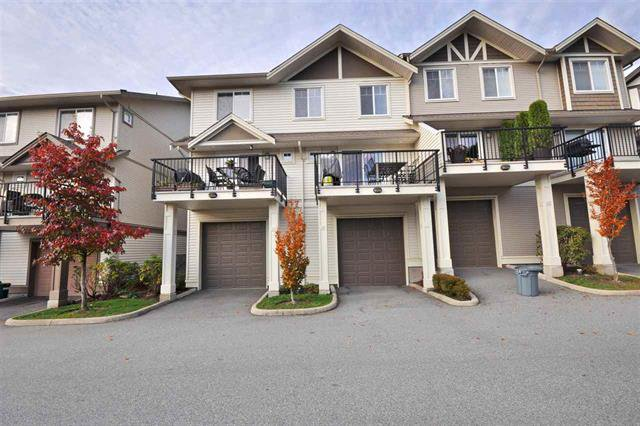 Main Photo: : Townhouse for sale : MLS®# R2323383