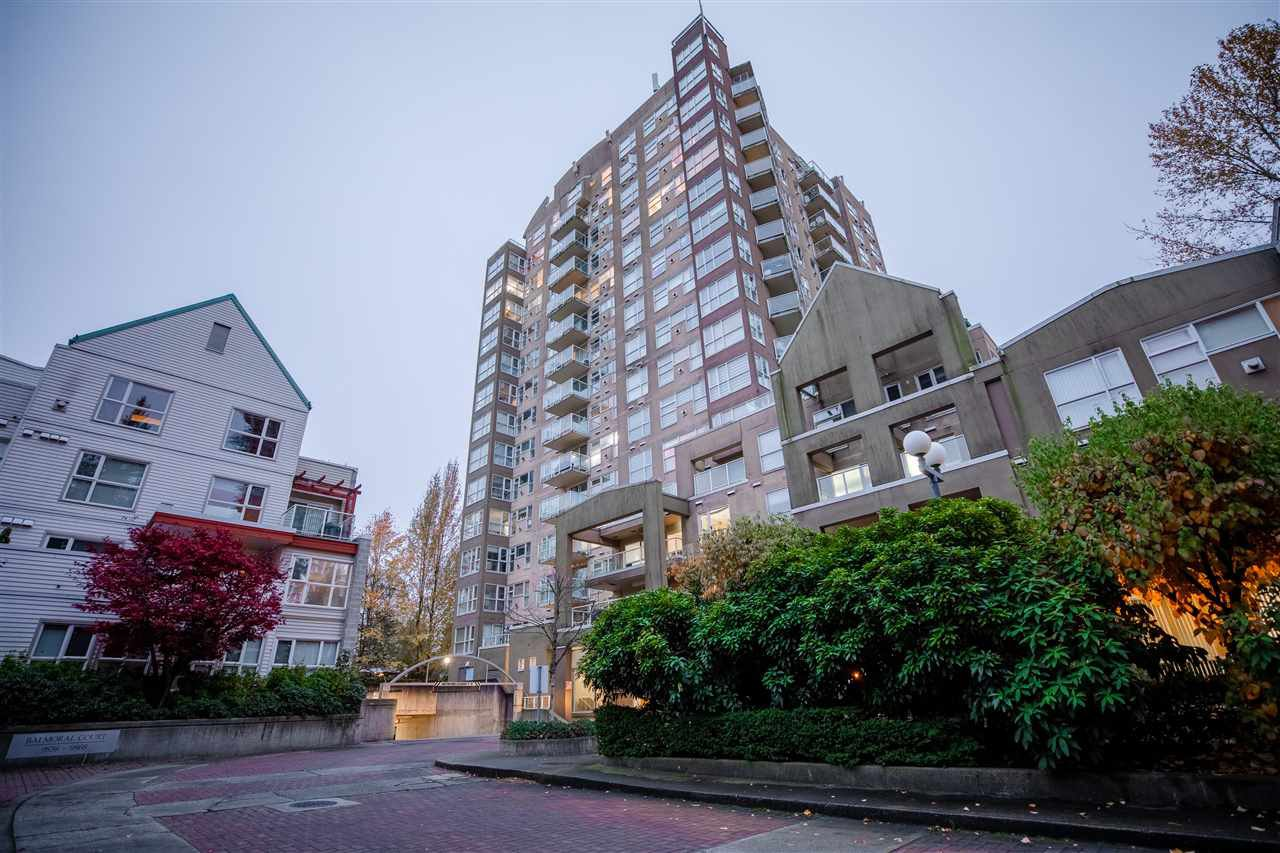 """Main Photo: 703 9830 WHALLEY Boulevard in Surrey: Whalley Condo for sale in """"KING GEORGE PARK TOWER"""" (North Surrey)  : MLS®# R2516708"""