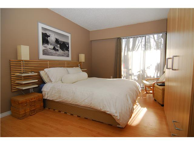 "Main Photo: 78 1935 PURCELL Way in North Vancouver: Lynnmour Condo for sale in ""LYNNMOUR SOUTH"" : MLS®# V871435"