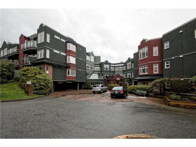"""Main Photo: 307 121 W 29TH Street in North Vancouver: Upper Lonsdale Condo for sale in """"SOMERSET GREEN"""" : MLS®# V1054924"""