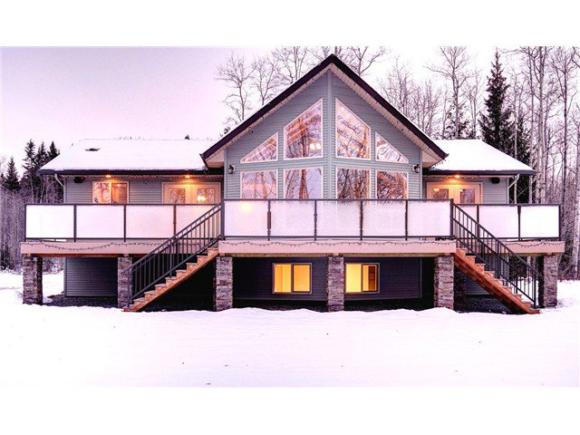 """Main Photo: 18625 RONDEVIEW Road in Prince George: Lower Mud House for sale in """"MCBRIDE TIMBER"""" (PG Rural West (Zone 77))  : MLS®# N234925"""