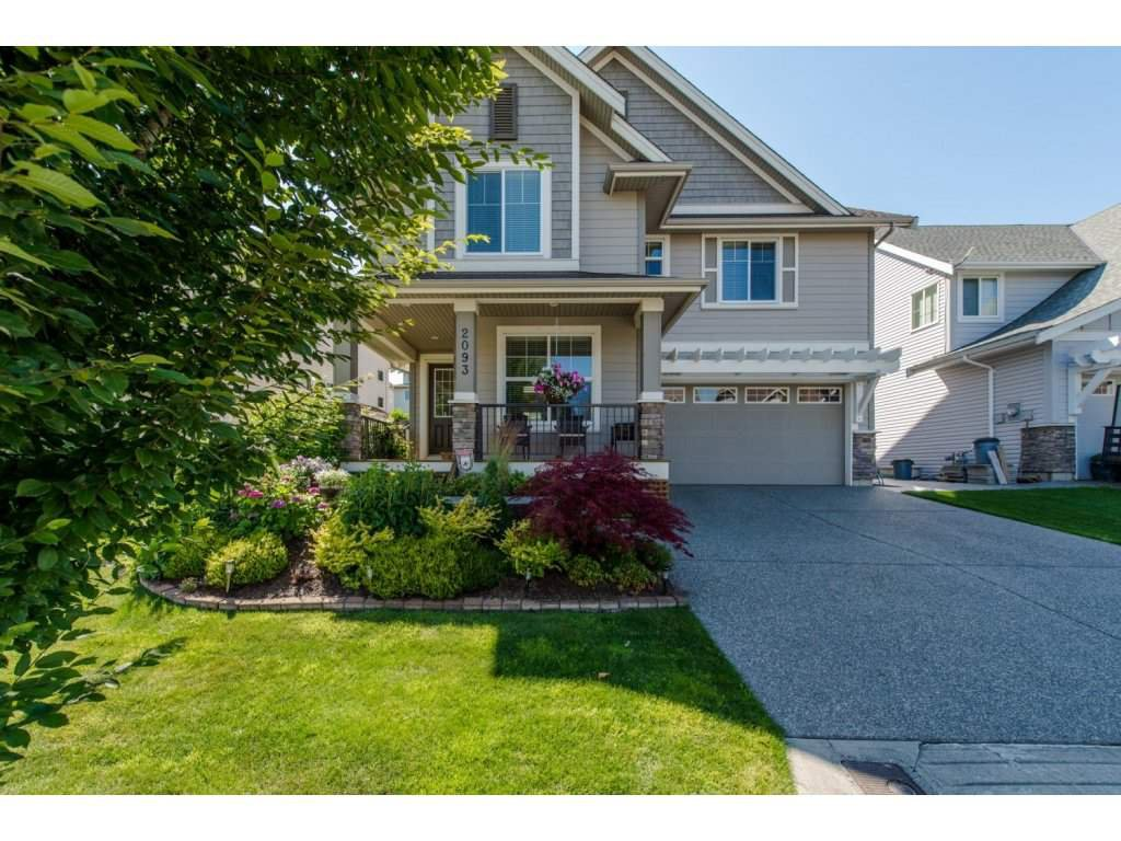 "Main Photo: 2093 ZINFANDEL Drive in Abbotsford: Aberdeen House for sale in ""Pepin Brook Estates"" : MLS®# R2085814"