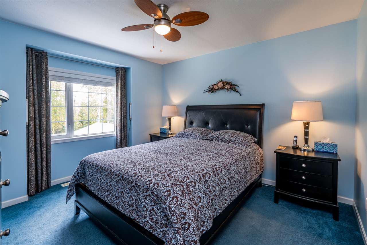 "Photo 13: Photos: 1726 SOMMERVILLE Road in Prince George: North Blackburn House for sale in ""SOMMERVILLE"" (PG City South East (Zone 75))  : MLS®# R2102795"