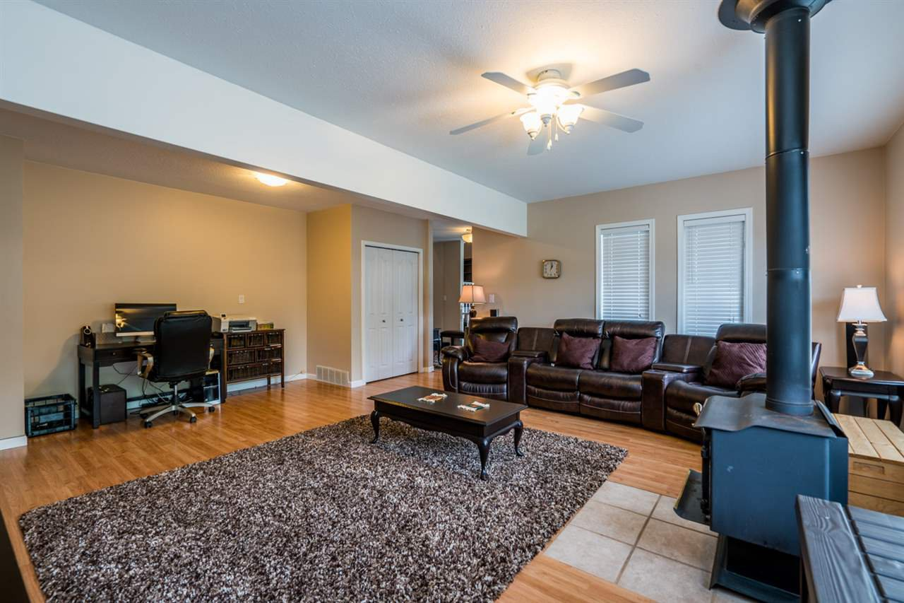 "Photo 10: Photos: 1726 SOMMERVILLE Road in Prince George: North Blackburn House for sale in ""SOMMERVILLE"" (PG City South East (Zone 75))  : MLS®# R2102795"