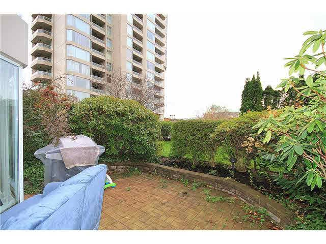 Main Photo: 102 1065 QUAYSIDE DRIVE in : Quay Condo for sale : MLS®# V983073