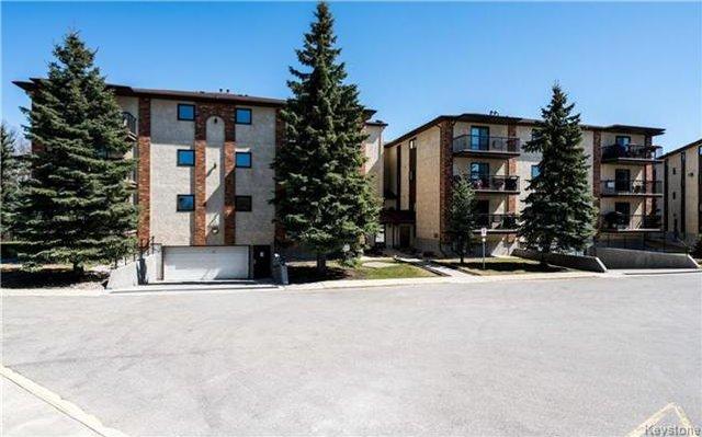 Main Photo: 815 St Anne's Road in Winnipeg: River Park South Condominium for sale (2F)  : MLS®# 1710083
