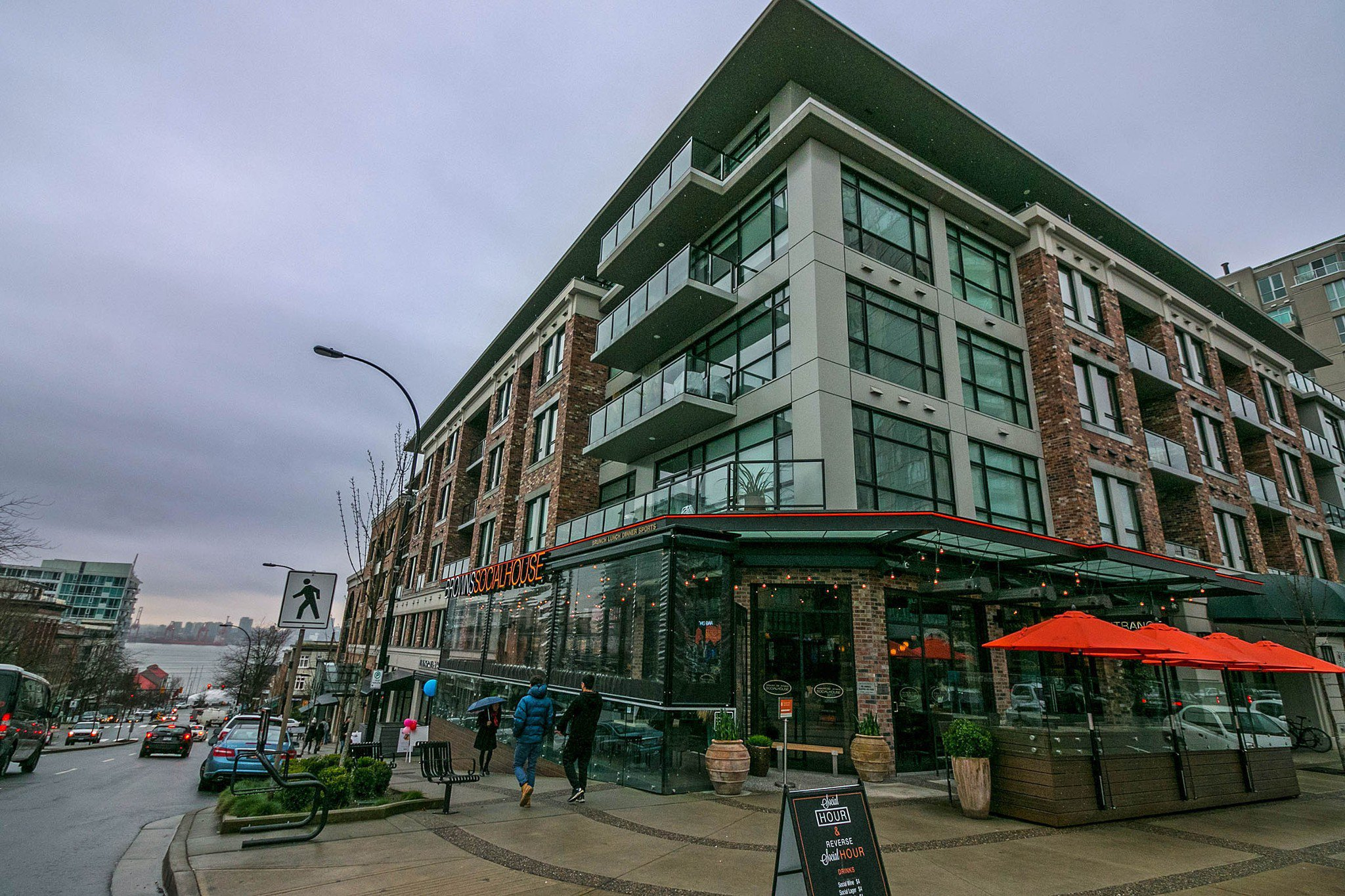 "Main Photo: 205 105 W 2ND Street in North Vancouver: Lower Lonsdale Condo for sale in ""Wallace & McDowell Building"" : MLS®# R2238775"
