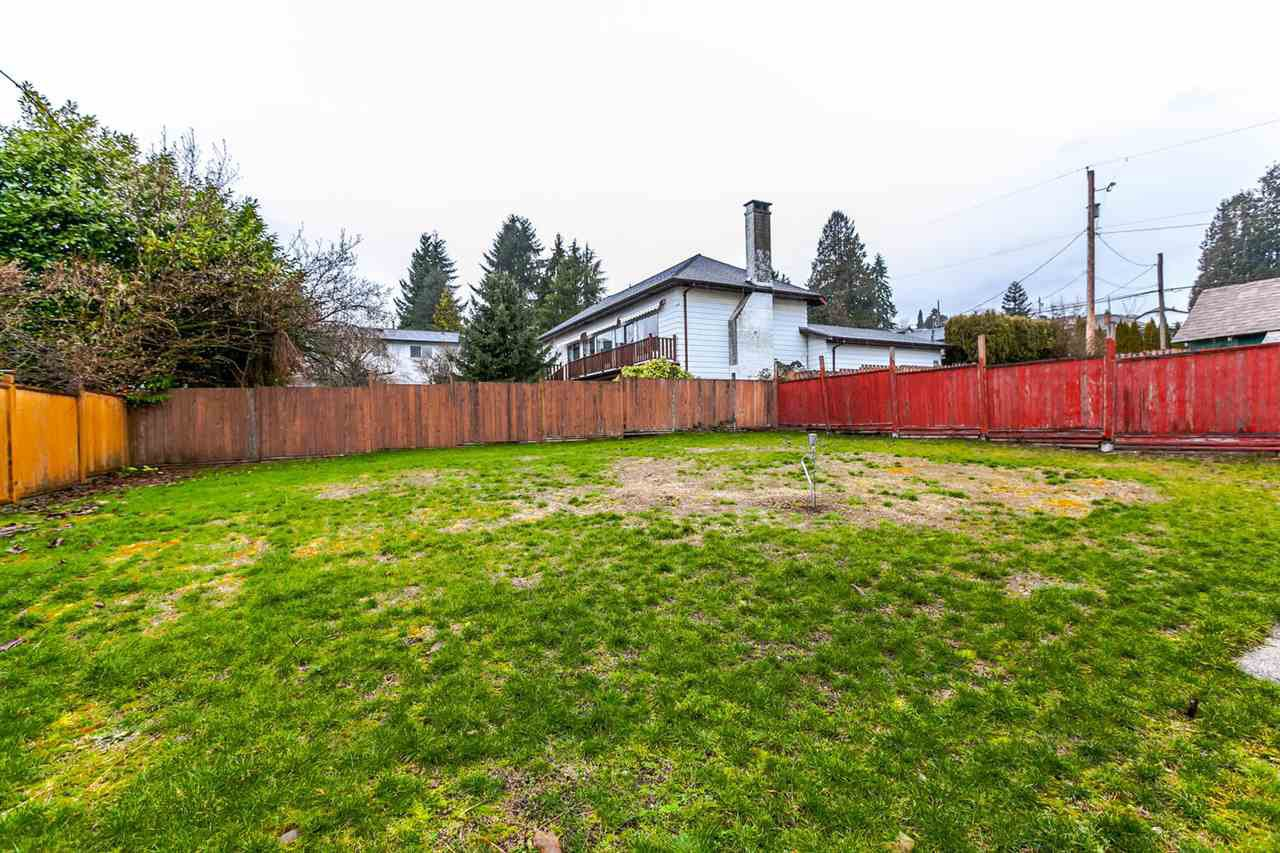 Photo 3: Photos: 233 ARCHER Street in New Westminster: The Heights NW House for sale : MLS®# R2250558