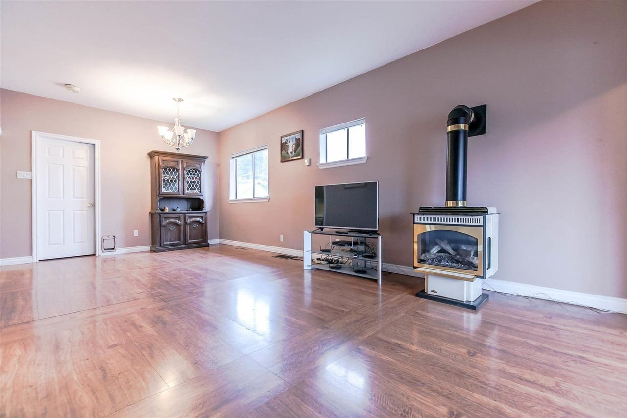 Photo 8: Photos: 233 ARCHER Street in New Westminster: The Heights NW House for sale : MLS®# R2250558