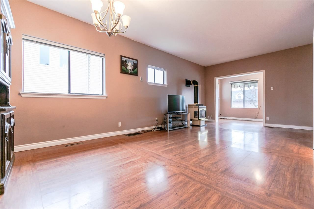 Photo 7: Photos: 233 ARCHER Street in New Westminster: The Heights NW House for sale : MLS®# R2250558