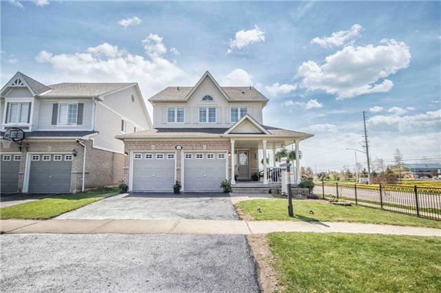 Main Photo: 23 Juneau Crescent in Whitby: Taunton North House (2-Storey) for sale : MLS®# E4174866