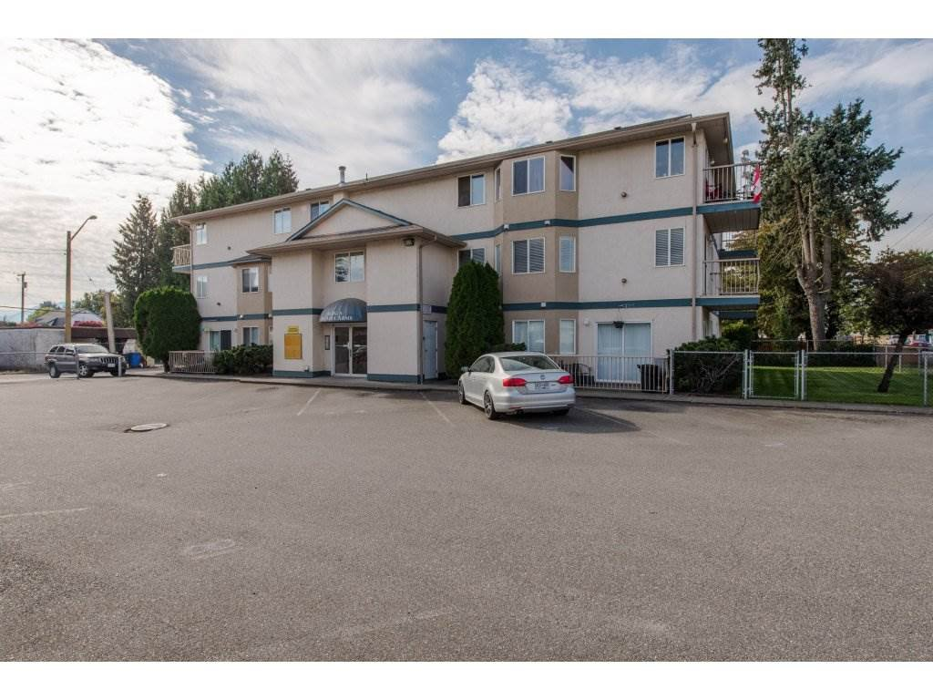 """Main Photo: 12 46160 PRINCESS Avenue in Chilliwack: Chilliwack E Young-Yale Condo for sale in """"Arcadia Arms"""" : MLS®# R2310360"""