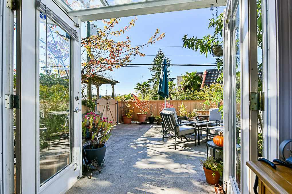 Main Photo: 3763 FRASER Street in Vancouver: Fraser VE Townhouse for sale (Vancouver East)  : MLS®# R2313676