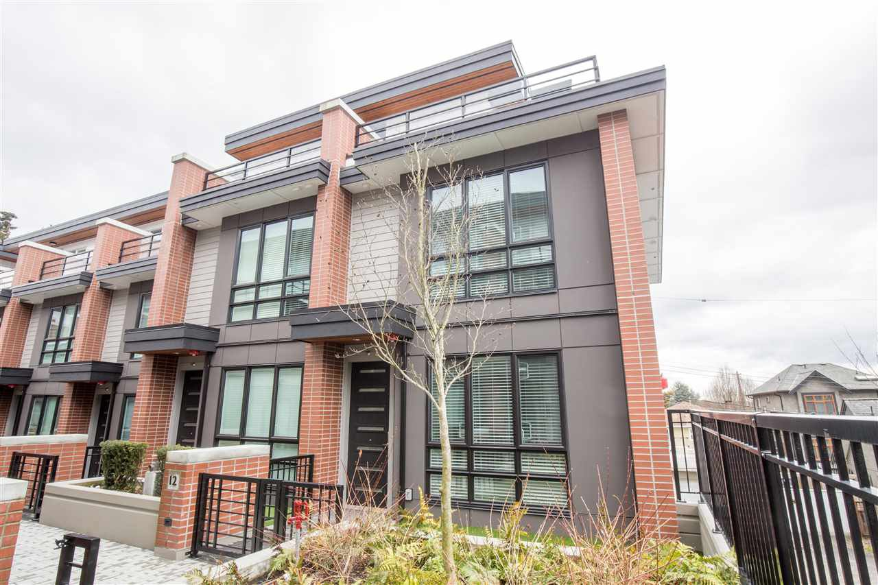 """Main Photo: 12 368 W 64TH Avenue in Vancouver: Marpole Townhouse for sale in """"PARK & METRO TOWNHOMES"""" (Vancouver West)  : MLS®# R2348285"""