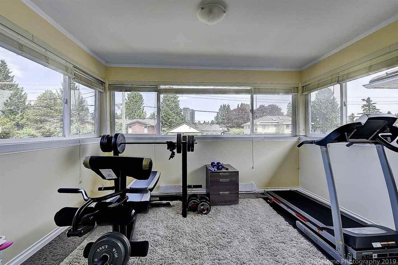 Photo 17: Photos: 5025 IRMIN Street in Burnaby: Metrotown 1/2 Duplex for sale (Burnaby South)  : MLS®# R2367509