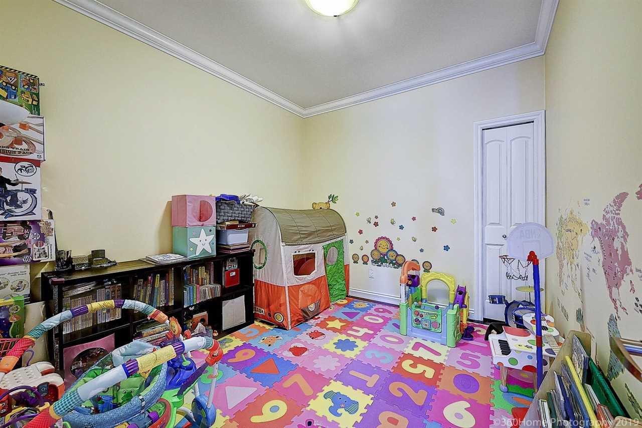 Photo 11: Photos: 5025 IRMIN Street in Burnaby: Metrotown 1/2 Duplex for sale (Burnaby South)  : MLS®# R2367509