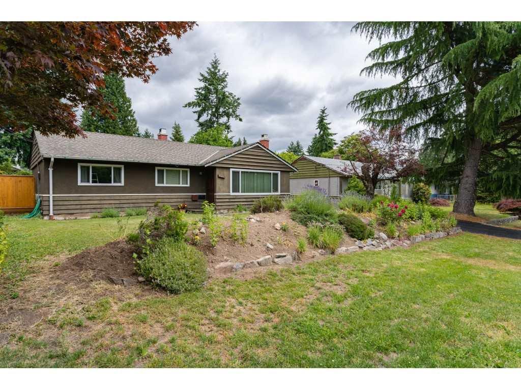 "Main Photo: 10026 PARK Drive in Surrey: Cedar Hills House for sale in ""ST HELEN'S PARK"" (North Surrey)  : MLS®# R2380148"
