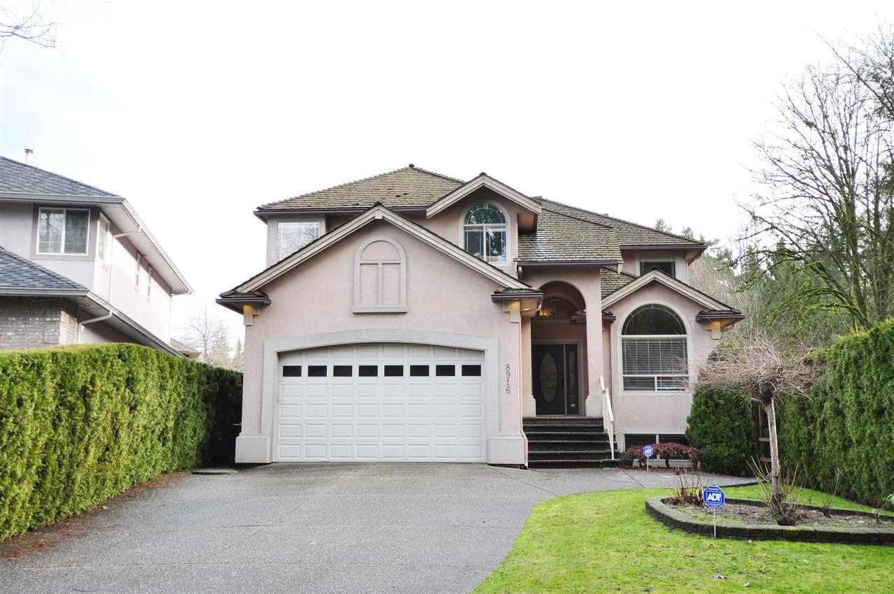 """Main Photo: 8916 206 Street in Langley: Walnut Grove House for sale in """"Forest Creek"""" : MLS®# R2433057"""