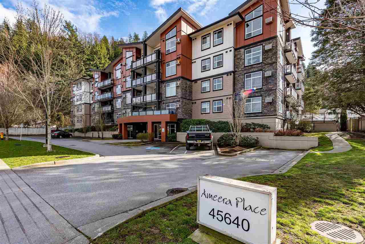 "Main Photo: 312 45640 ALMA Avenue in Chilliwack: Vedder S Watson-Promontory Condo for sale in ""AMEERA PLACE"" (Sardis)  : MLS®# R2437025"