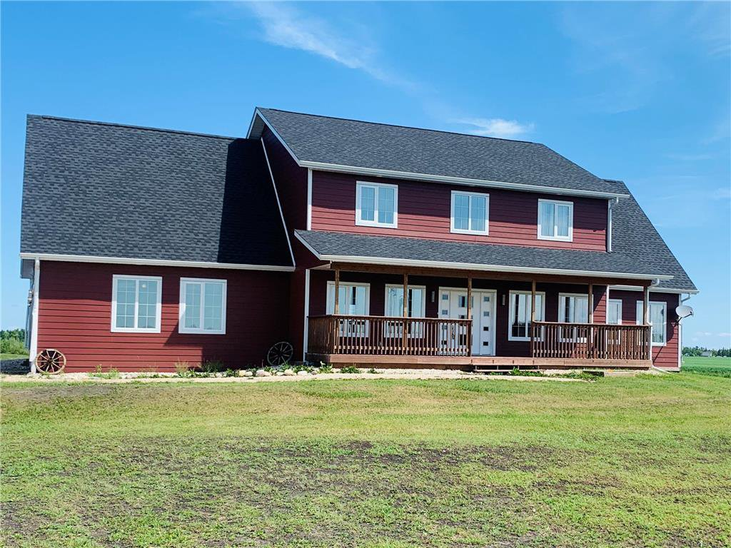 Main Photo: 32075 ZORA Road in Cooks Creek: Cook's Creek Residential for sale (R04)  : MLS®# 202015895