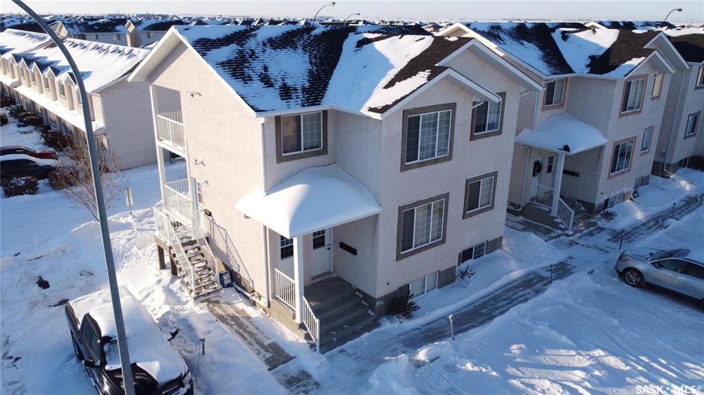 Main Photo: 30 4101 Preston Crescent in Regina: Lakeridge RG Residential for sale : MLS®# SK833554