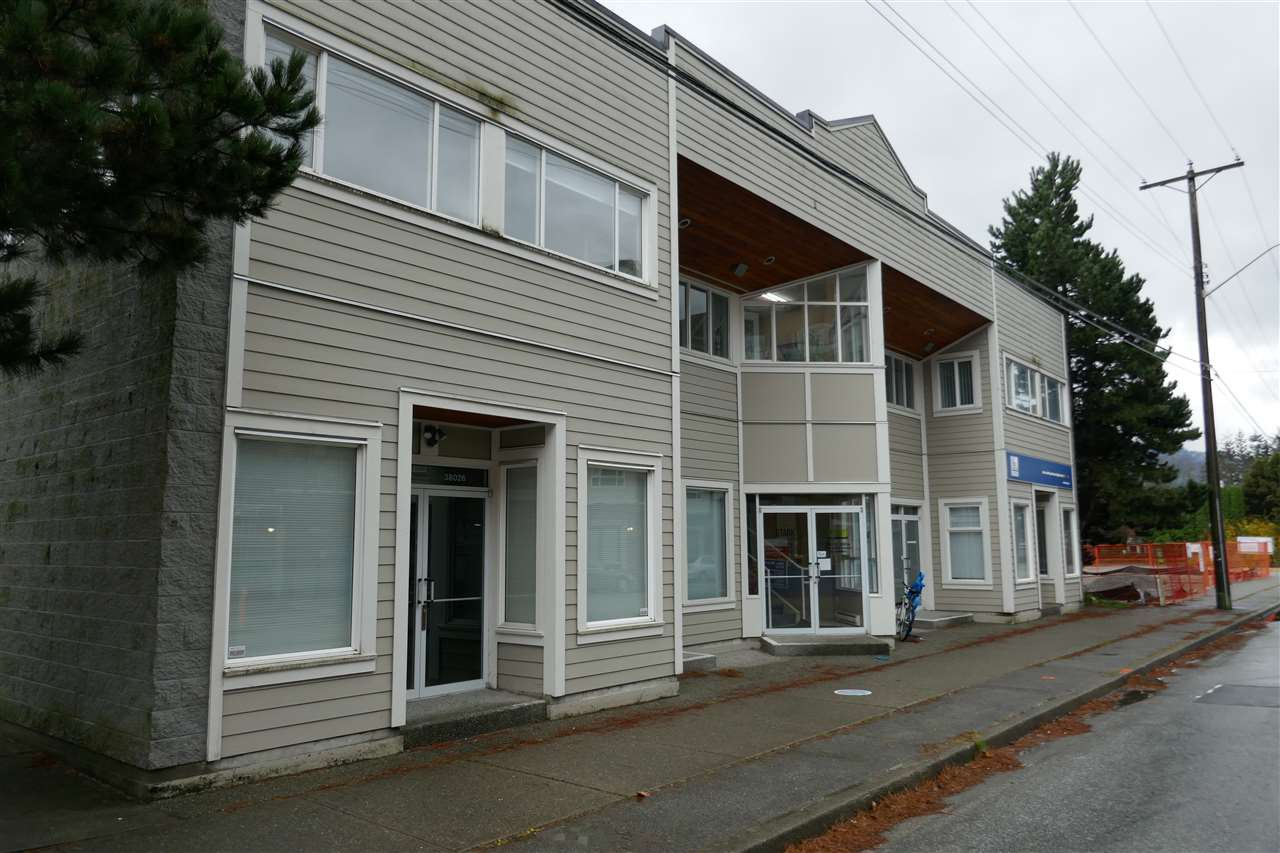 Main Photo: 38026 SECOND Avenue in Squamish: Downtown SQ Office for sale : MLS®# C8035446