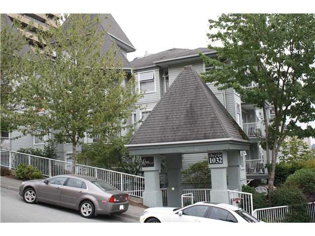 "Main Photo: 705 1032 QUEENS Avenue in New Westminster: Uptown NW Condo for sale in ""QUEENS TERRACE"" : MLS®# V910736"